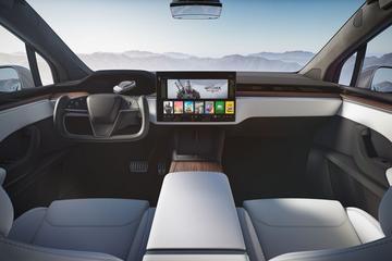 Zelfrijdende Tesla nog ver weg: 'Musk extrapoleert innovatietempo'