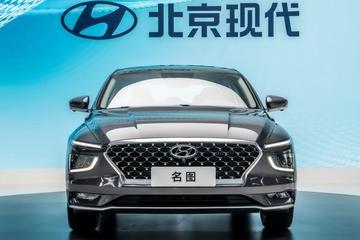 China: eerste daling autoverkopen in 13 maanden