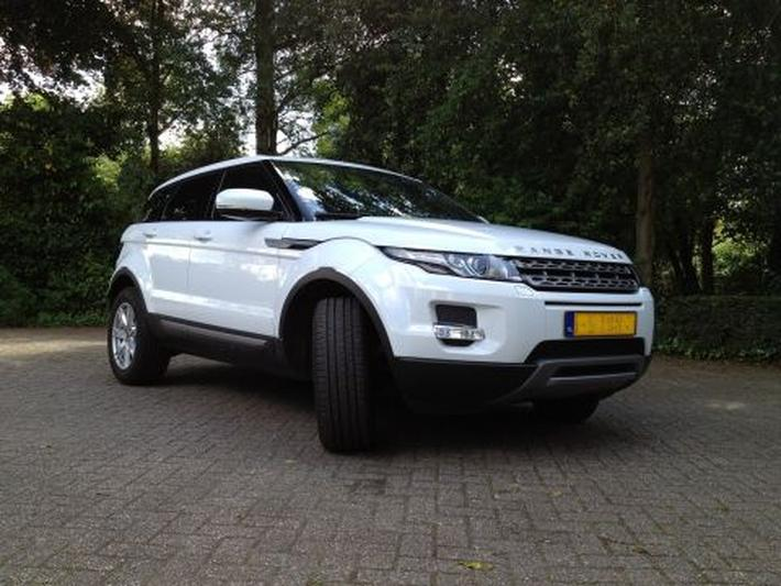 Land Rover Range Rover Evoque 2.2 TD4 4WD Pure (2012)