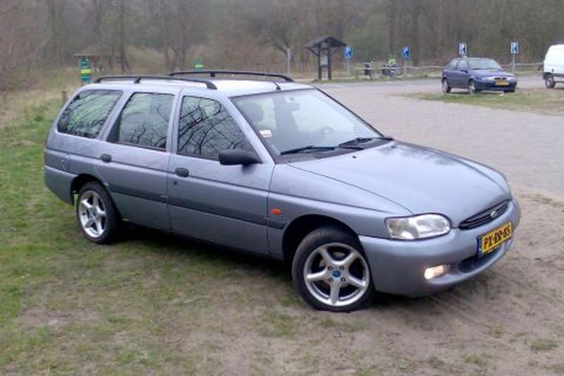 Ford Escort Wagon 1.6i Limited Edition (1997)