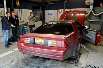 Chevrolet Camaro Iroc Z (1988) - Op de Rollenbank