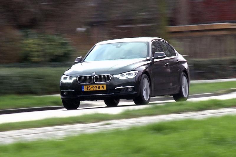 Rij-impressie BMW 330e