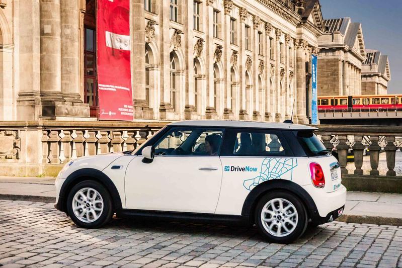BMW en Daimler willen hoofdkwartier in Berlijn