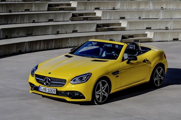 Mercedes-Benz zwaait SLC-klasse uit