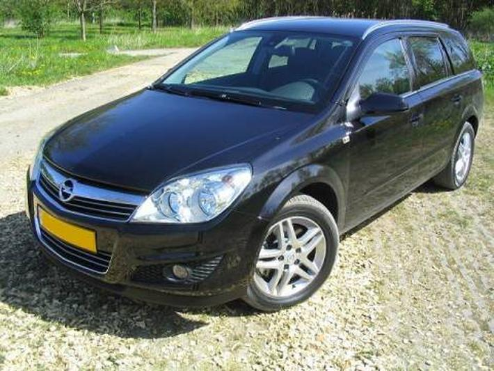 Opel Astra Stationwagon 1.9 CDTi 120pk Cosmo (2007)