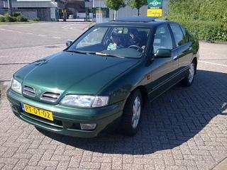Nissan Primera 2.0 SE (1996)