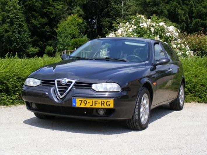 Alfa Romeo 156 Sportwagon 1.9 JTD (2002)