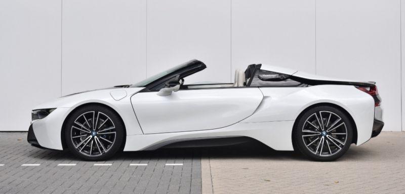 BMW i8 Roadster (2019)