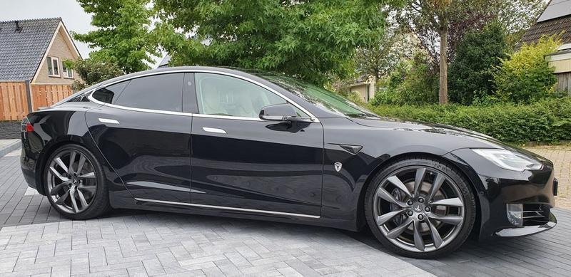 Model S 100D (2017)