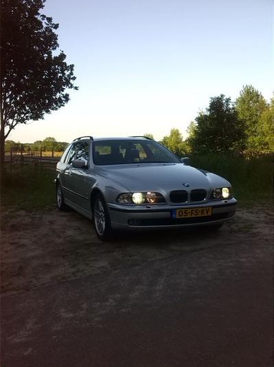BMW 530d touring Executive (2000) #3