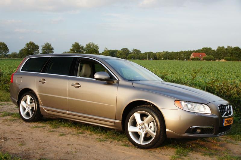 Volvo V70 T4 Limited Edition (2011) #2
