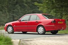 Mercedes-Benz C240 Classic - 2000 - 342.549 - Klokje Rond