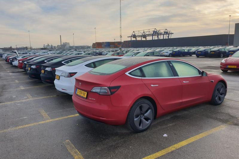 Tesla Model 3 Amsterdam Koopman Terminal