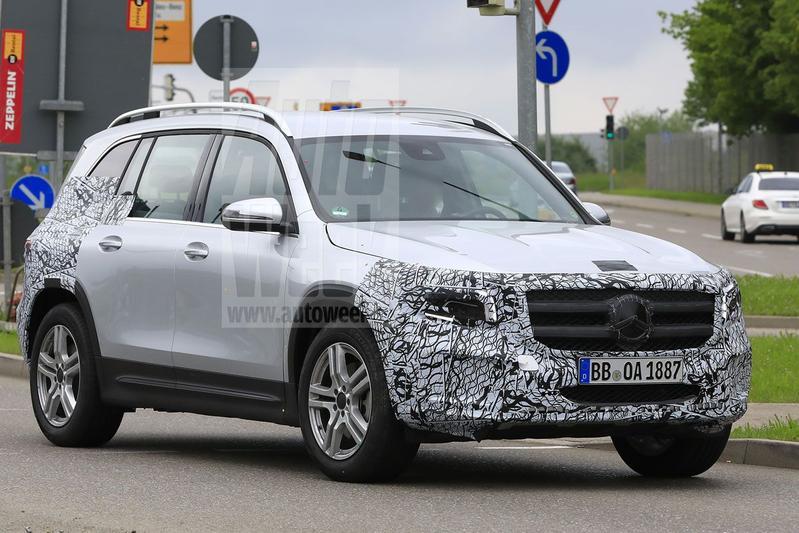 Mercedes-Benz GLB spyshots