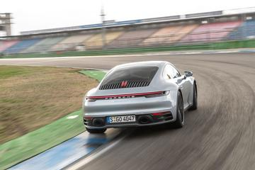 Technische workshop Porsche 992 - Reportage