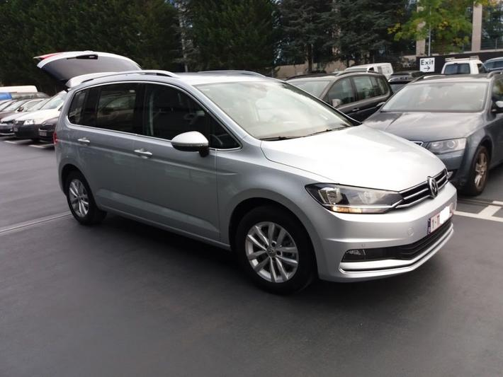 Volkswagen Touran 2.0 TDI Highline (2017)