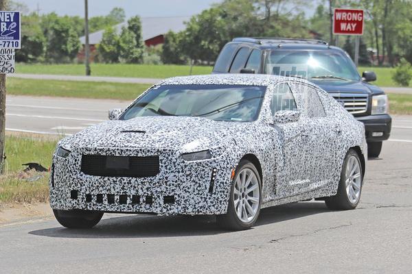 Cadillac CT5 voor het eerst in beeld