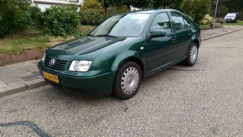 Volkswagen Bora 1.6 Comfortline (1999)