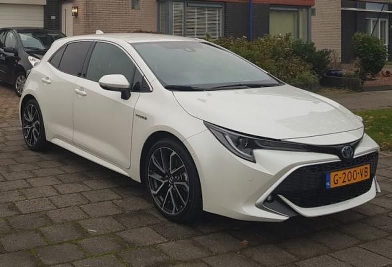 Toyota Corolla 2.0 Hybrid Executive (2019)
