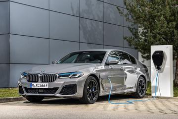 Beter in beeld: BMW 545e xDrive