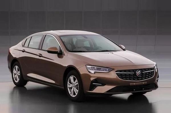 Nieuwe 'Opel Insignia' duikt op