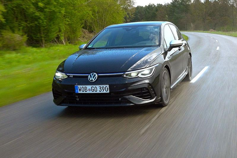 Test: Volkswagen Golf R