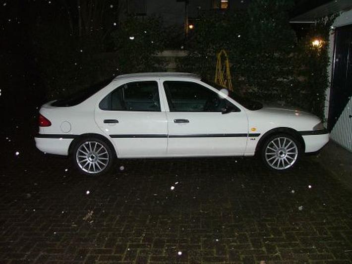 Ford Mondeo 1.6i CLX (1993)