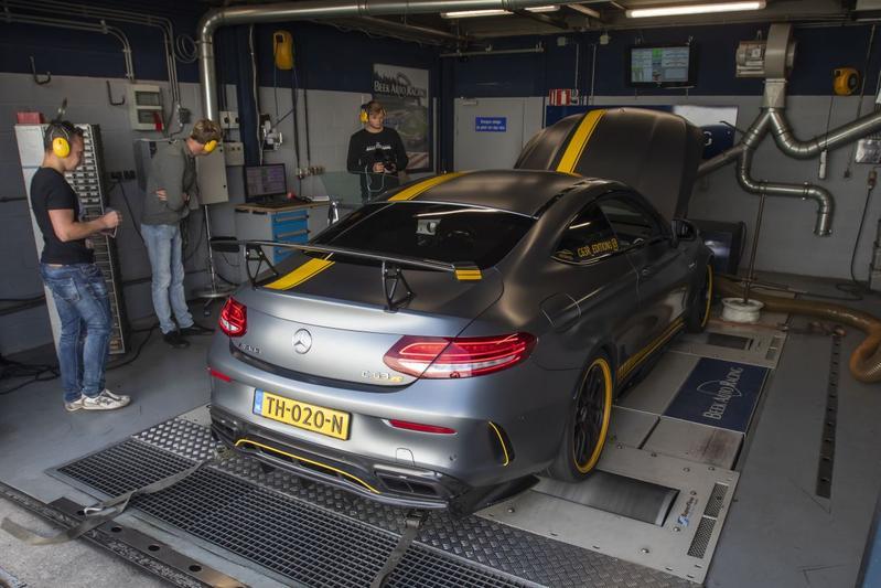 Mercedes-Benz C63 R AMG - Op de Rollenbank