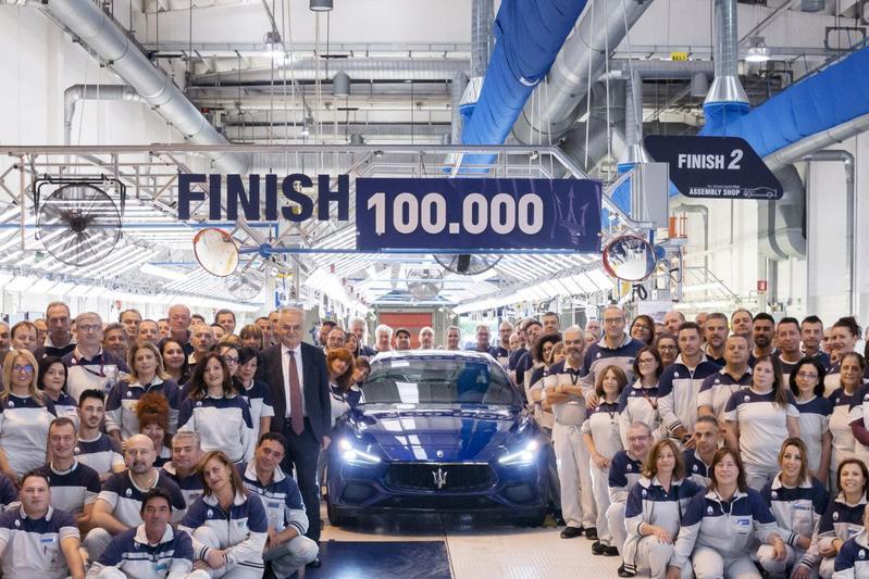 Maserati Ghibli 100.000