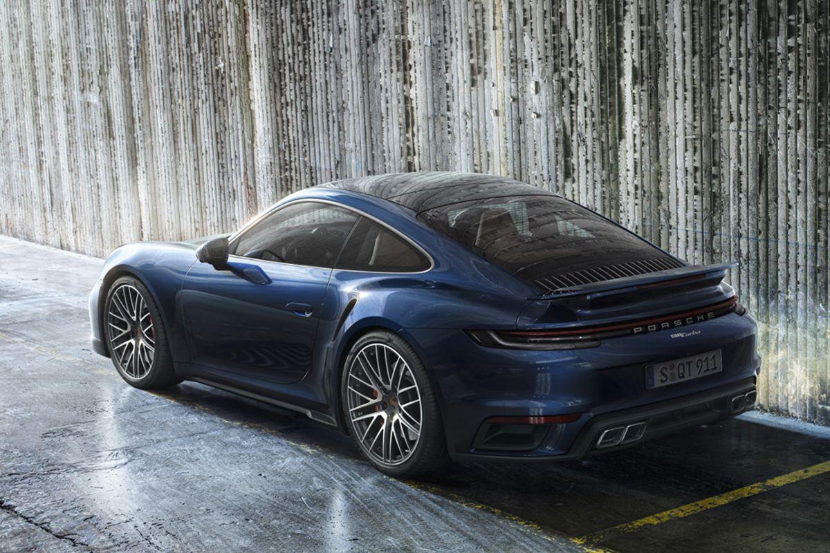 2018 - [Porsche] 911 - Page 20 L52yx40bmw6e