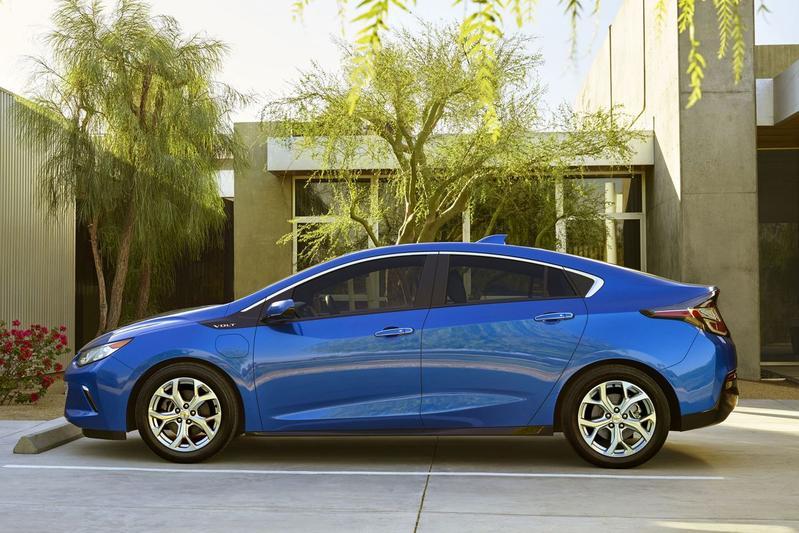 Nieuwe Chevrolet Volt rijdt 85 km elektrisch
