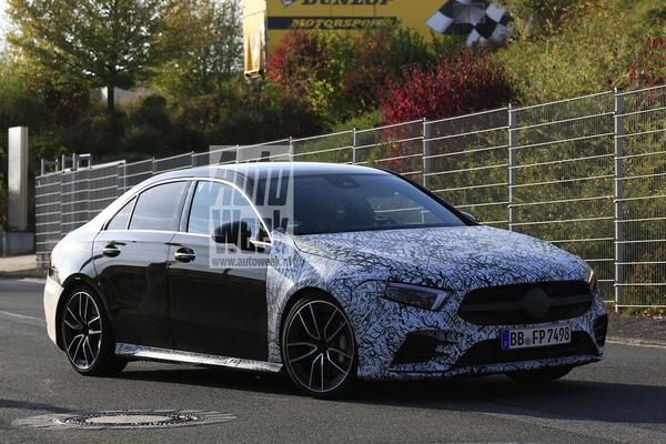 Mercedes-AMG A35 Limousine in beeld