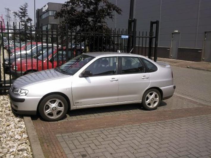 Seat Cordoba 1.9 TDi 110pk Signo (2001)