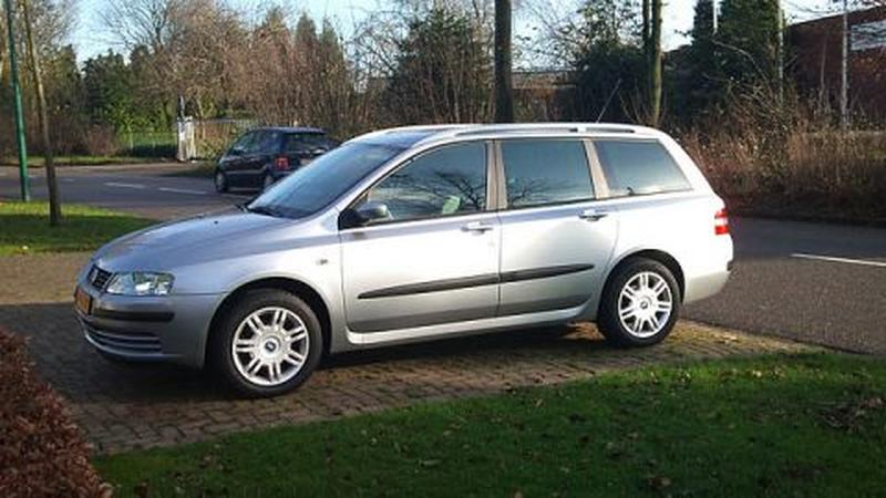 Fiat Stilo Multi Wagon 1.6 16v Active Plus (2005)