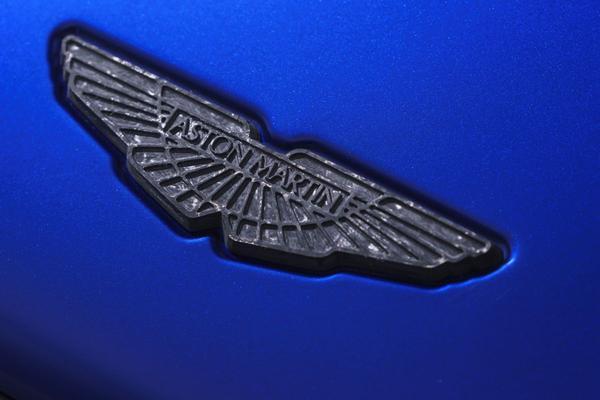 'Aston Martin miljarden waard bij beursgang'