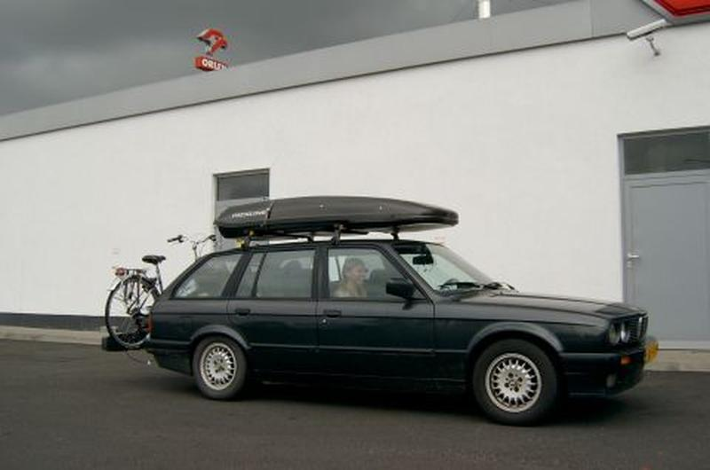 BMW 318i Touring (1989)