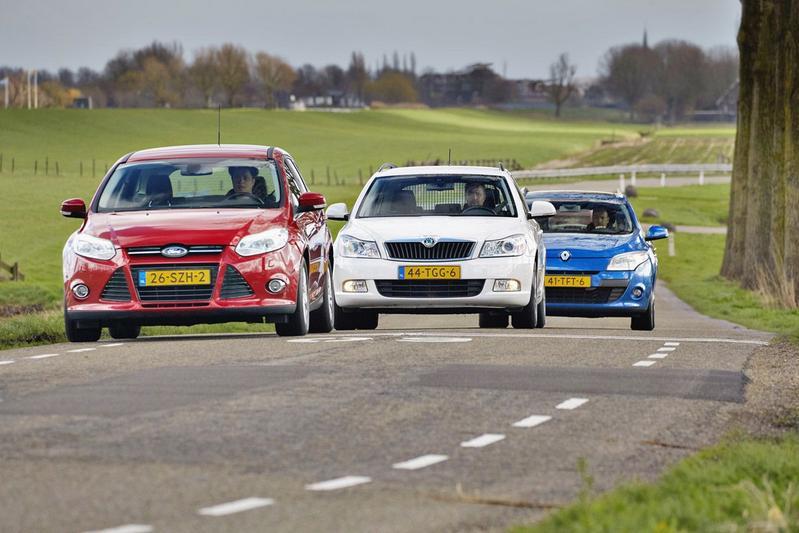 Occasion triotest - Compacte stationcars uit 2012