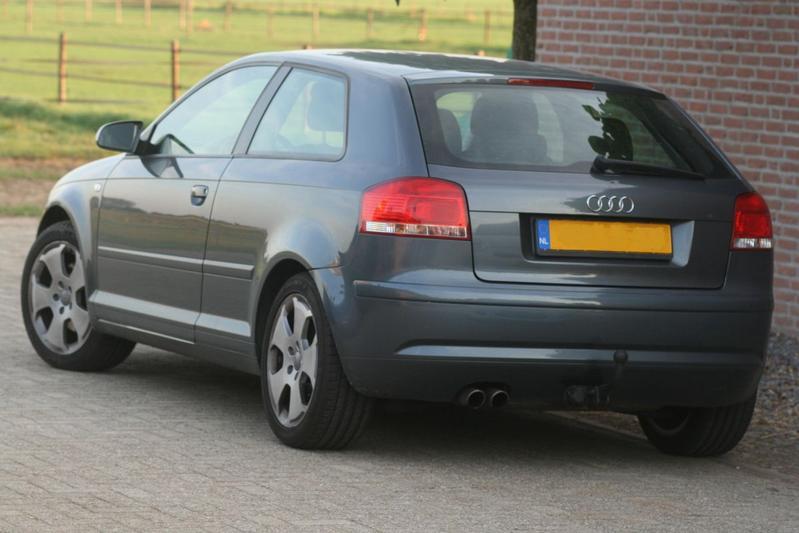 Audi A3 2.0 FSI Ambiente (2003)