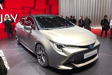 Dít is de compleet nieuwe Toyota Auris