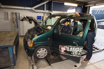Barrelbrigade op de rollenbank - Suzuki Wagon R+