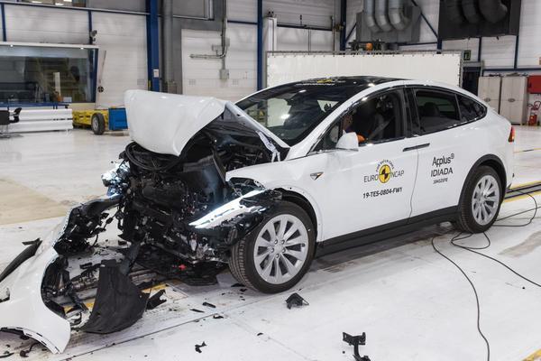 EuroNcap trekt eindsprint met twaalf auto's