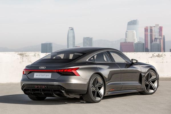 Audi onthult E-tron GT Concept