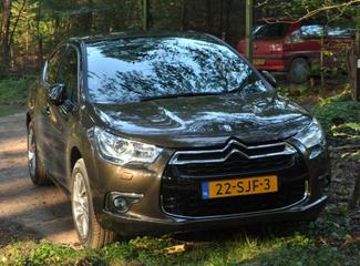 Citroën DS4 HDi 160 So Chic (2011)