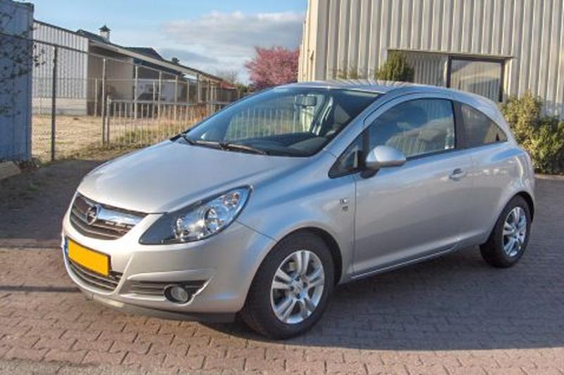Opel Corsa 1.3 CDTI 111 Edition (2010)