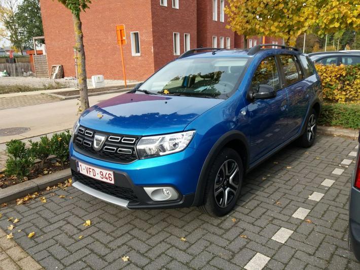 Dacia Logan MCV TCe 90 Stepway (2018) #2