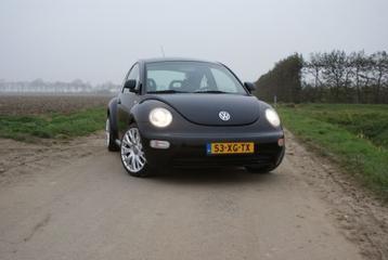 Volkswagen New Beetle 2.0 Highline (2000)