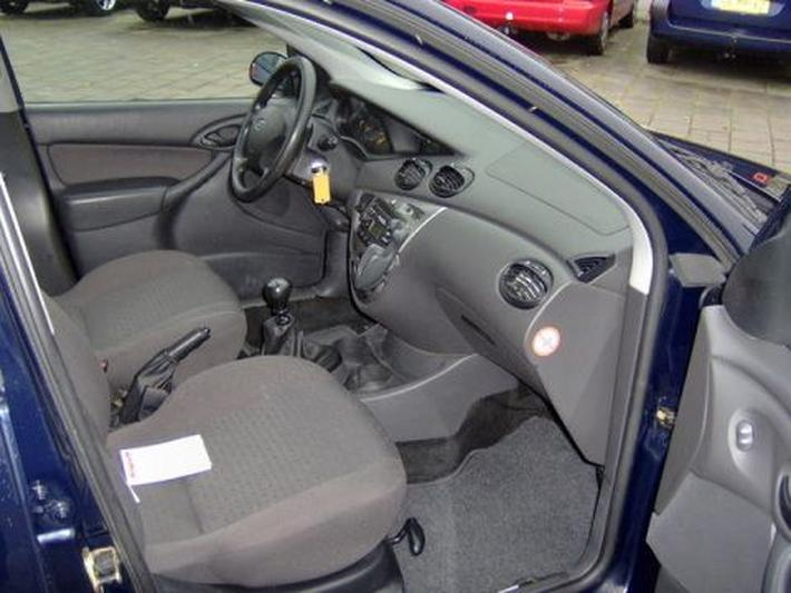 Ford Focus Wagon 1.8 TDDi 90pk Cool Edition (2004)