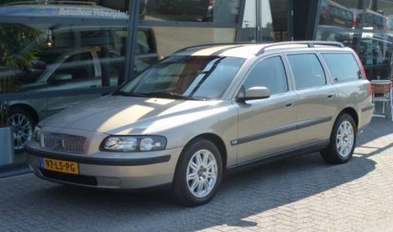 Volvo V70 2.4 D5 (2003)