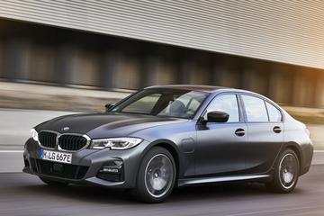 BMW presenteert nieuwe instap-plug-ins voor 3- en 5-serie