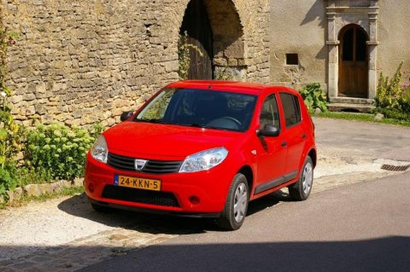 Dacia Sandero 1.2 16V Ambiance (2010)